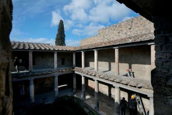 Pompeii's House Of Lovers Finally Reopens 40 Years After Devastating Earthquake